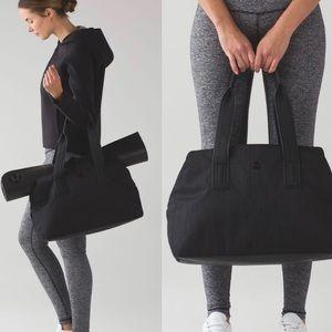 FLAWED Lululemon Black Go Getter Bag (Heat) 26L